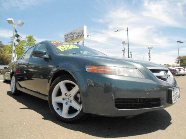 2005 ACURA TL 5-SPEED AT WITH NAVIGATION SYS dark green this is a fully loaded acura  tl with all