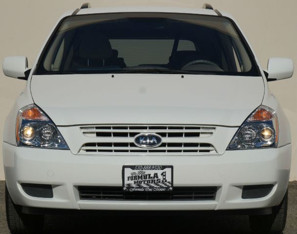 2009 KIA SEDONA LX 4DR MINI VAN white 2-stage unlocking abs - 4-wheel airbag deactivation - occ