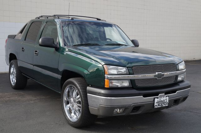 2004 CHEVROLET AVALANCHE 1500 2WD dark green metallic abs brakesair conditioningalloy wheelsam