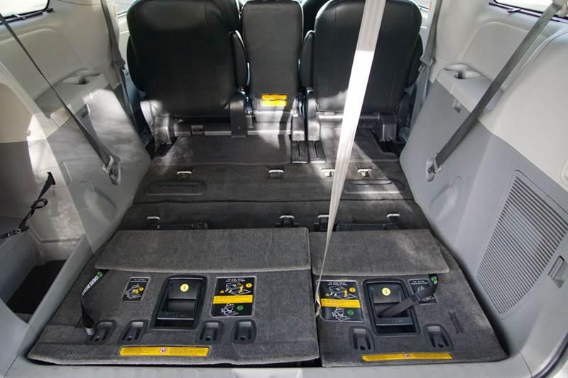 2012 Toyota Sienna SE 8-Passenger 4dr Mini-Van - Hayward CA