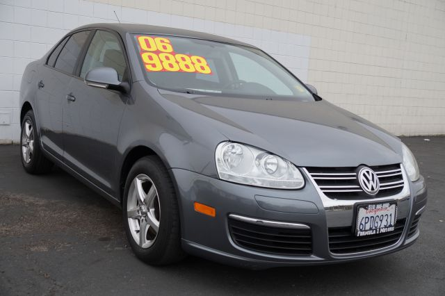 2006 VOLKSWAGEN JETTA VALUE EDITION 25L platinum gray 5cylinder platinum gray exterior with black