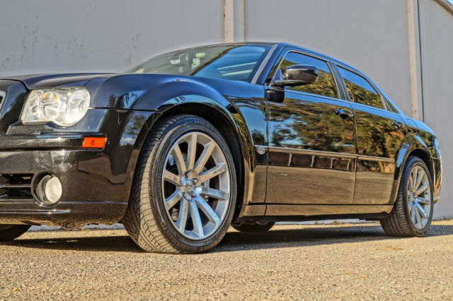 2007 CHRYSLER 300 SRT-8 4DR SEDAN brilliant black crystal pearlc 2-stage unlocking - remote abs