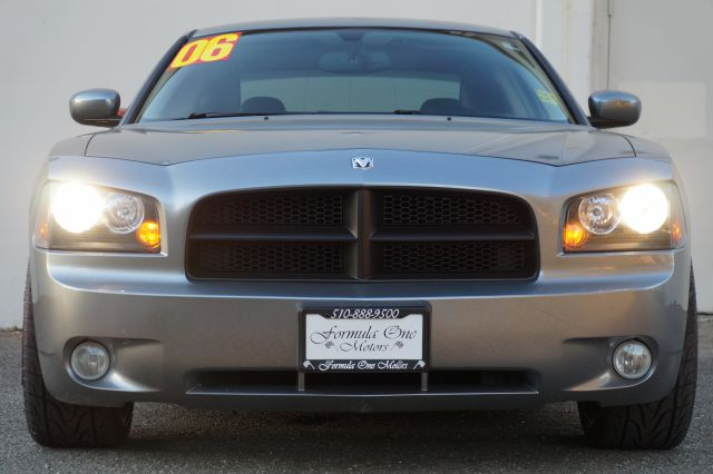2006 DODGE CHARGER RT 4DR SEDAN