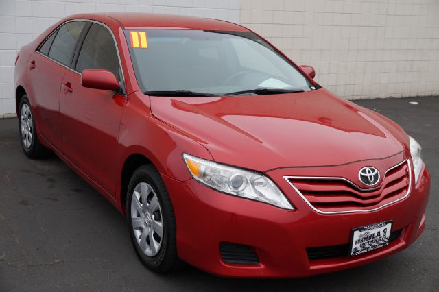 2011 TOYOTA CAMRY LE 6-SPD AT barcelona red metallic abs brakesair conditioningamfm radioanti-
