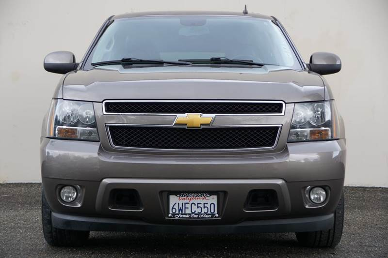 2012 CHEVROLET SUBURBAN LT 1500 4X2 4DR SUV silver ice metallic 2-stage unlocking doors abs - 4-w