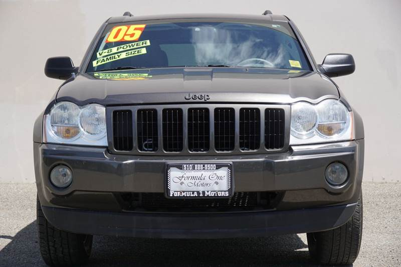 2005 JEEP GRAND CHEROKEE LAREDO 4DR 4WD SUV dark khaki pearlcoat abs - 4-wheel axle ratio - 307