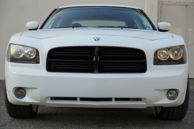 2010 DODGE CHARGER SXT 4DR SEDAN stone white clearcoat stone white clearcoat 35l sxt  with black