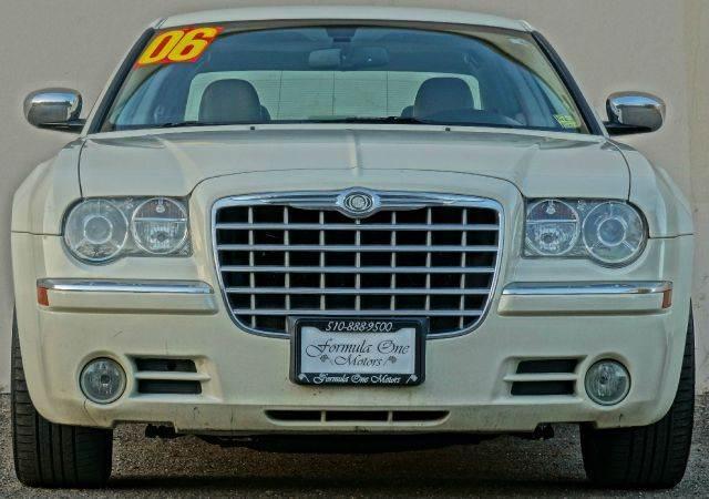 2006 CHRYSLER 300 C AWD 4DR SEDAN stone white cc abs - 4-wheel adjustable pedals - power airbag