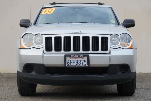 2009 JEEP GRAND CHEROKEE LAREDO 4X2 4DR SUV bright silver metallic clearco 2-stage unlocking - rem