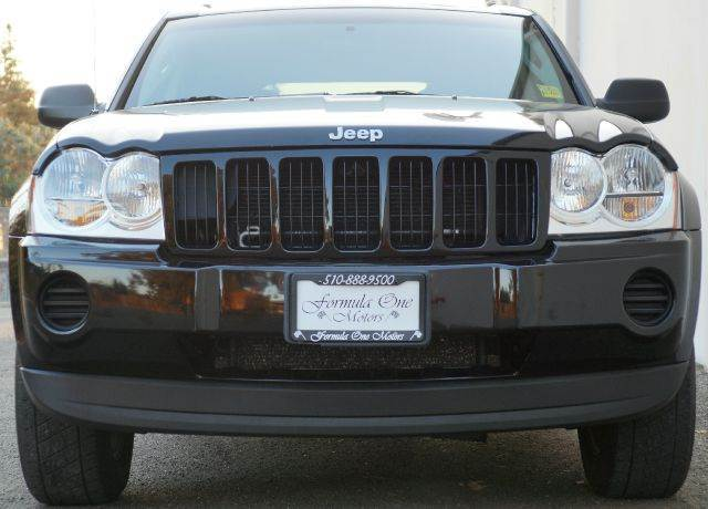 2007 JEEP GRAND CHEROKEE LAREDO 4DR SUV black clearcoat 2-stage unlocking - remote abs - 4-wheel