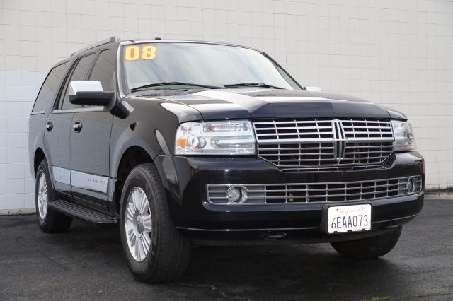 2008 LINCOLN NAVIGATOR 4WD black clearcoat 4wdawdabs brakesadjustable foot pedalsair condition