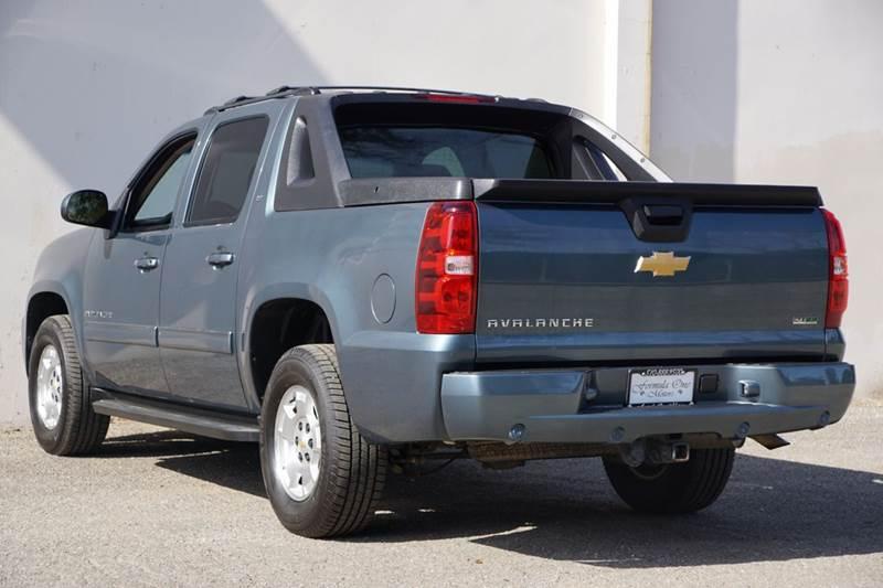 2012 Chevrolet Avalanche 4x4 LT 4dr Crew Cab Pickup - Hayward CA