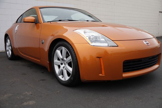 2004 NISSAN 350Z ENTHUSIAST COUPE le mans sunset abs brakesair conditioningalloy wheelsamfm ra