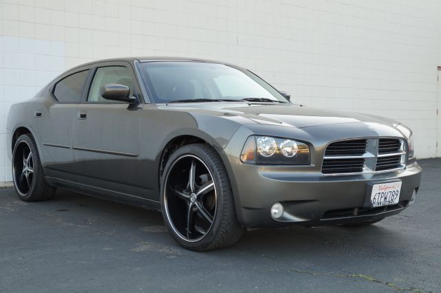 2010 DODGE CHARGER SXT mineral gray metallic clearcoa gray metallic sxt 35l v6 is good on gas and