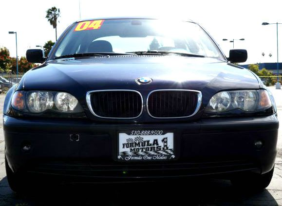 2004 BMW 3 SERIES 325I SEDAN mystic blue metallic mystic blue metallic 325i has a fuel efficient 3
