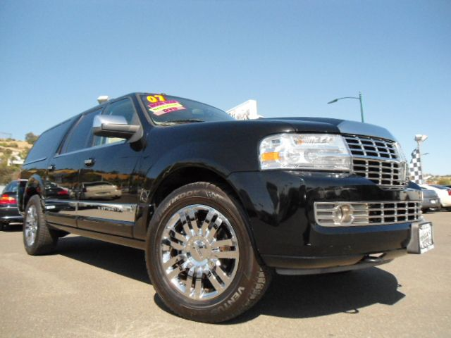 2007 LINCOLN NAVIGATOR L 2WD black abs brakesadjustable foot pedalsair conditioningalloy wheels