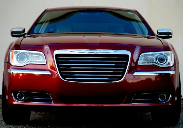 2012 CHRYSLER 300 LIMITED 4DR SEDAN deep cherry red crystal pearlc 2-stage unlocking - remote abs