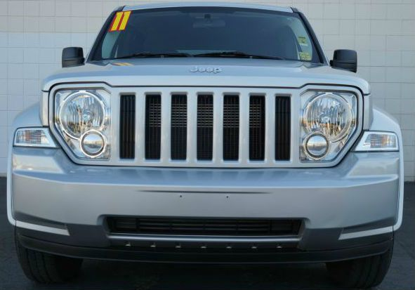 2011 JEEP LIBERTY SPORT 4X2 4DR SUV bright silver metallic clearco 37l v6 bright silver metallic