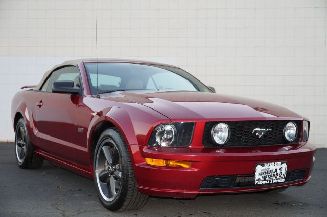 2005 FORD MUSTANG GT PREMIUM CONVERTIBLE red fire clear coat metallic ford mustang gt 46l v8