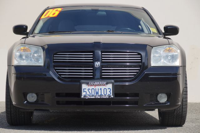 2006 DODGE MAGNUM RT 4DR WAGON brilliant black crystal pearlc abs - 4-wheel adjustable pedals -