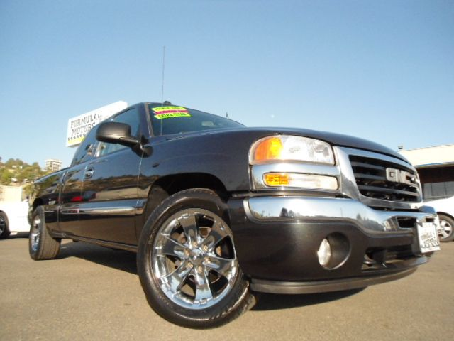 2005 GMC SIERRA 1500 SLT EXT CAB SHORT BED 2WD charcoal grey abs brakesair conditioningalloy wh
