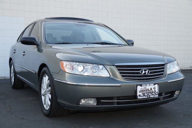 2006 HYUNDAI AZERA LIMITED sage green beautiful sage green exterior with black leather interior a