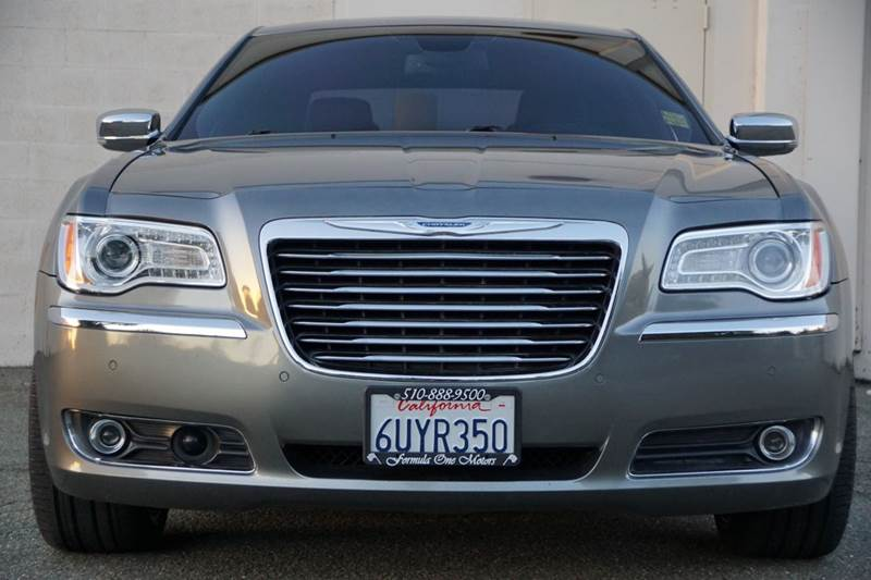 2011 CHRYSLER 300 LIMITED 4DR SEDAN tungsten metallic clearcoat 2-stage unlocking doors abs - 4-