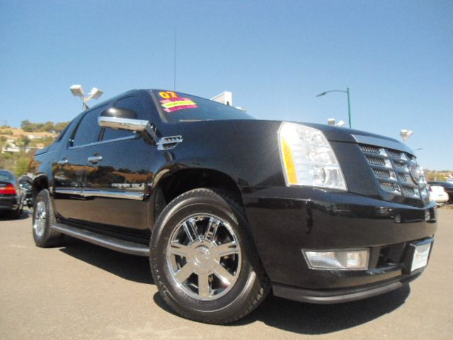 2007 CADILLAC ESCALADE EXT SPORT UTILITY TRUCK black 4wdawdabs brakesadjustable foot pedalsair