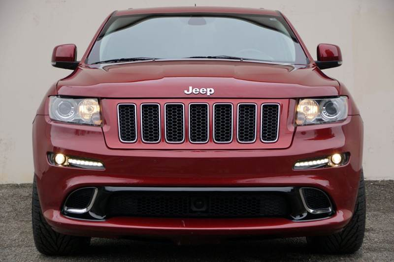 2013 JEEP GRAND CHEROKEE SRT8 4X4 4DR SUV deep cherry red crystal pearlc 2-stage unlocking doors