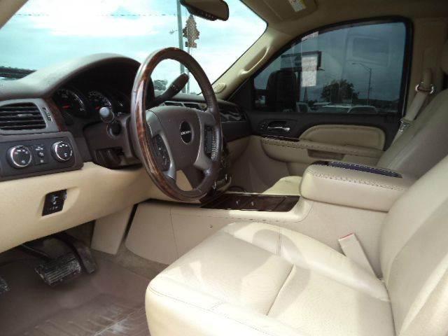 2012 GMC Sierra 2500HD 4x4 Denali 4dr Crew Cab SB - Picayune MS