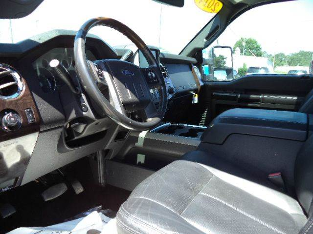 2014 Ford F-250 Super Duty 4x4 Platinum 4dr Crew Cab 6.8 ft. SB Pickup - Picayune MS