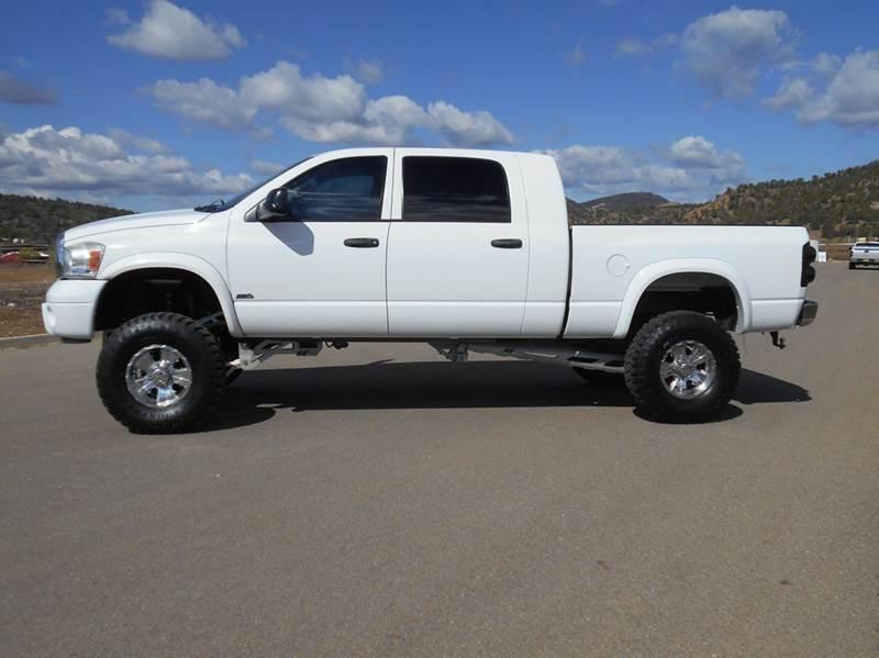 2008 Dodge Ram Pickup 2500 Laramie 4dr Mega Cab 4wd Sb In