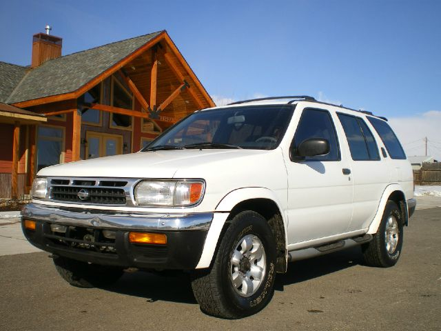 1999 Nissan Pathfinder - DURANGO, CO