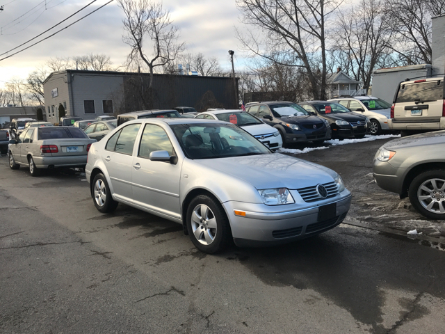 2004 Volkswagen Jetta 4dr GLS 1.8T Turbo Sedan - East Hartford CT