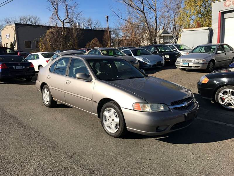 2001 Nissan Altima SE 4dr Sedan - East Hartford CT