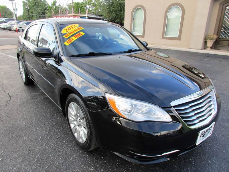 2012 CHRYSLER 200 LX 4DR SEDAN black great looking and driving 4 door that size wise is between co