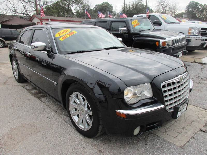 2006 CHRYSLER 300 C 4DR SEDAN black nobody walks is our signature motto and that simply means