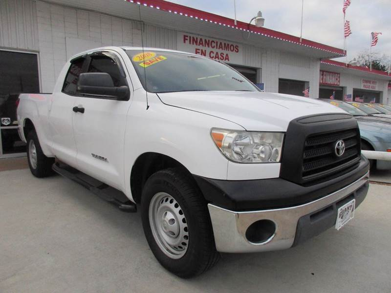 2008 TOYOTA TUNDRA SR5 4X2 4DR DOUBLE CAB SB 40L white great truck both on the vehicle history