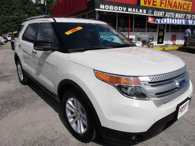 2011 FORD EXPLORER XLT 4DR SUV white nobody walks is our signature motto and that simply means