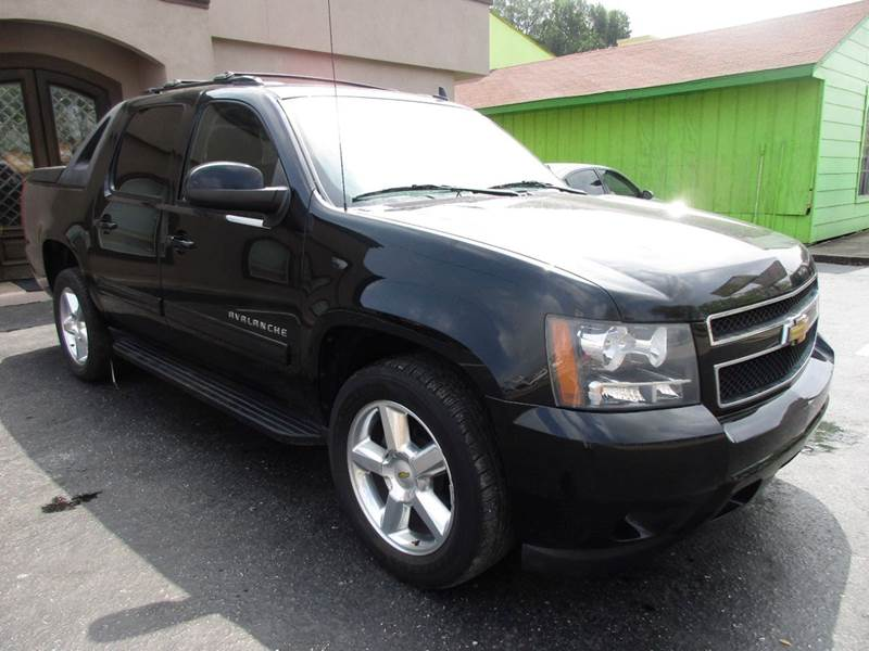 2011 CHEVROLET AVALANCHE LS 4X2 4DR CREW CAB PICKUP black very simply if your no familiar with the