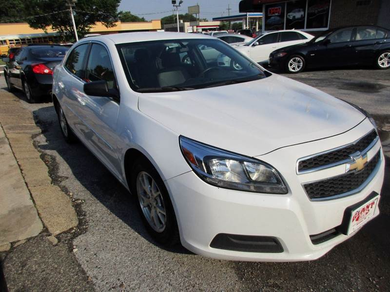 2013 CHEVROLET MALIBU LS FLEET 4DR SEDAN white this is the 2013 chevrolet malibu and if you have n