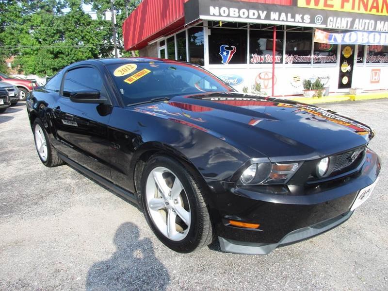 2012 FORD MUSTANG GT 2DR COUPE black trade in from classic chevrolet  this car has some extras as