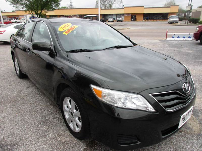 2011 TOYOTA CAMRY LE 4DR SEDAN 6A spruc mica nobody walks is our signature motto and that simply