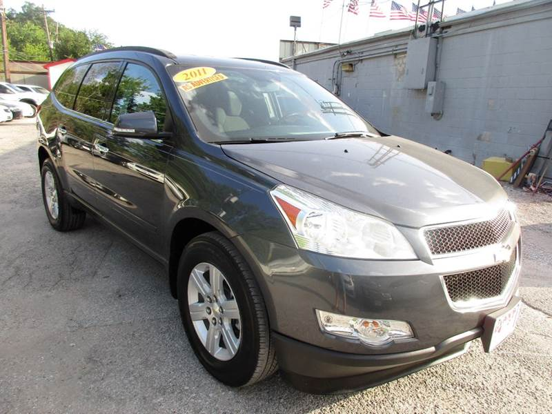 2011 CHEVROLET TRAVERSE LT 4DR SUV W2LT cyber gray metalliic great looking and driving 7 passenge