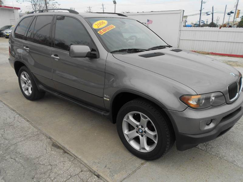 2006 BMW X5 30I AWD 4DR SUV gray 3 owner history with an above book value per the cafax of 600