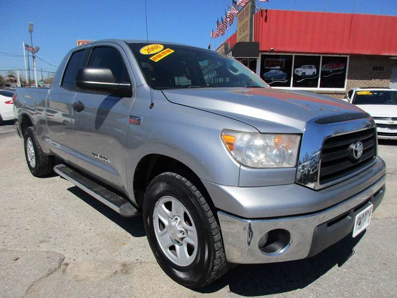 2008 TOYOTA TUNDRA SR5 4X2 4DR DOUBLE CAB SB 57L gray nobody walks is our signature motto and