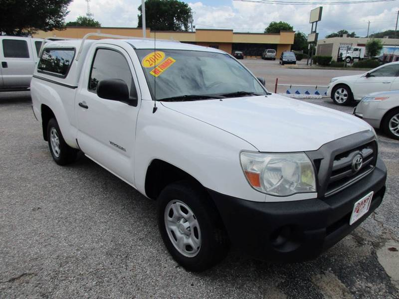 2010 TOYOTA TACOMA BASE 4X2 2DR REGULAR CAB 61 FT white 2 owner history with an excellent mainte
