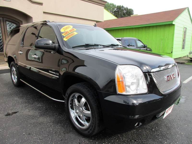 2008 GMC YUKON XL DENALI AWD 4DR SUV blacvk if you drive this one and this is what your looking fo