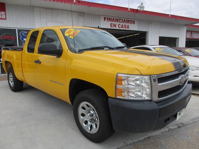 2007 CHEVROLET SILVERADO 1500 LT1 4DR EXTENDED CAB 4WD 58 FT yellow 1 owner history with 35 serv