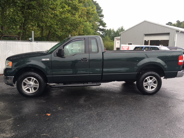 2006 Ford F 150 Xl 2dr Regular Cab 4wd Styleside 8 Ft Lb